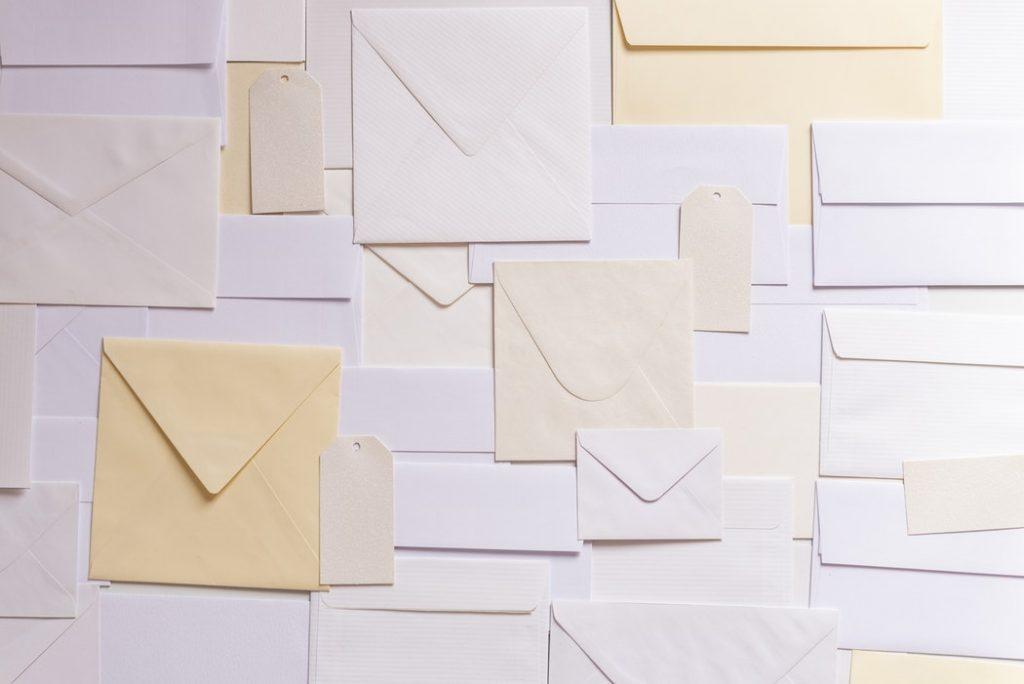 artykuły papiernicze koperty